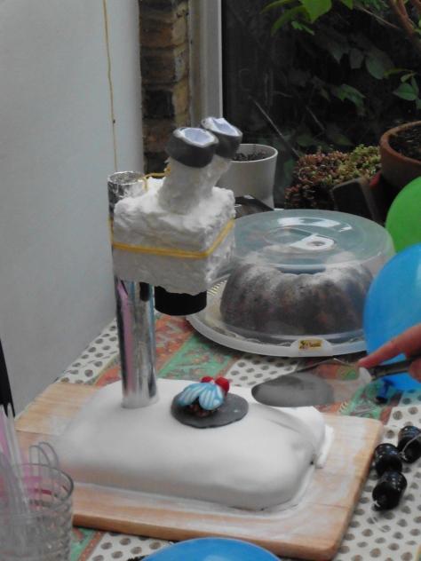 A microscope cake to celebrate Lucy's viva